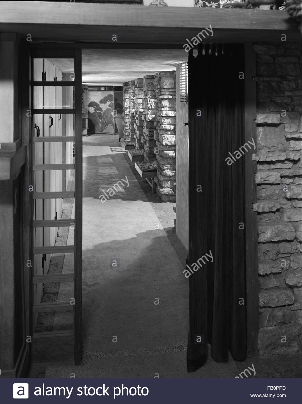 Taliesin East in Spring Green (Wis.), 1937 Dec. the loggia. - Stock Image