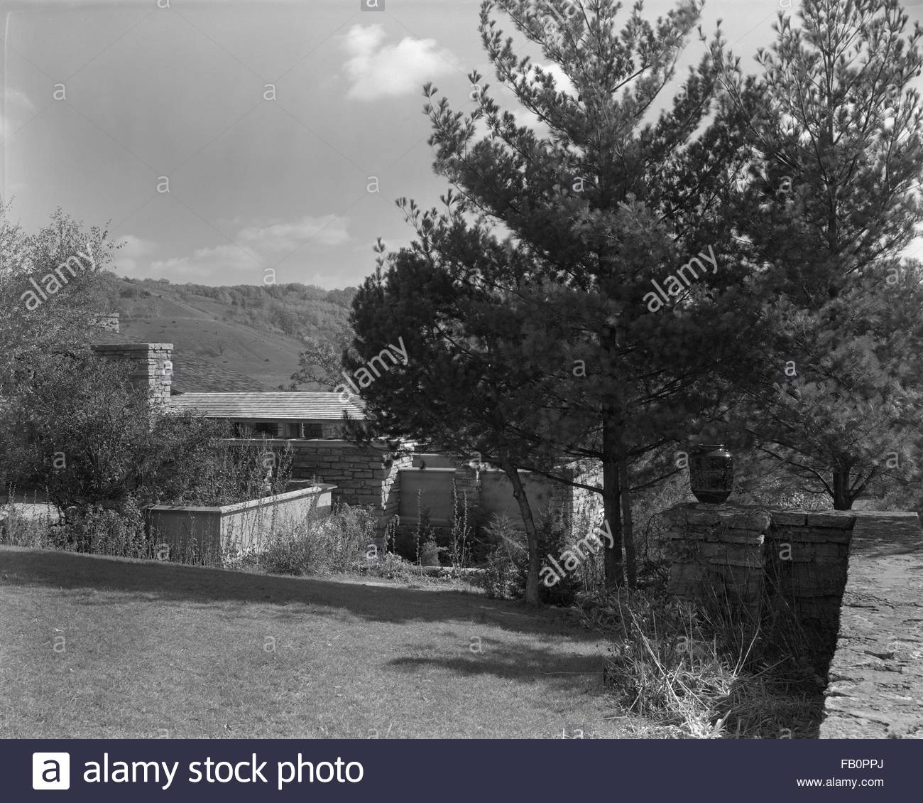 Taliesin East in Spring Green (Wis.), 1937 Dec. Exterior property. - Stock Image