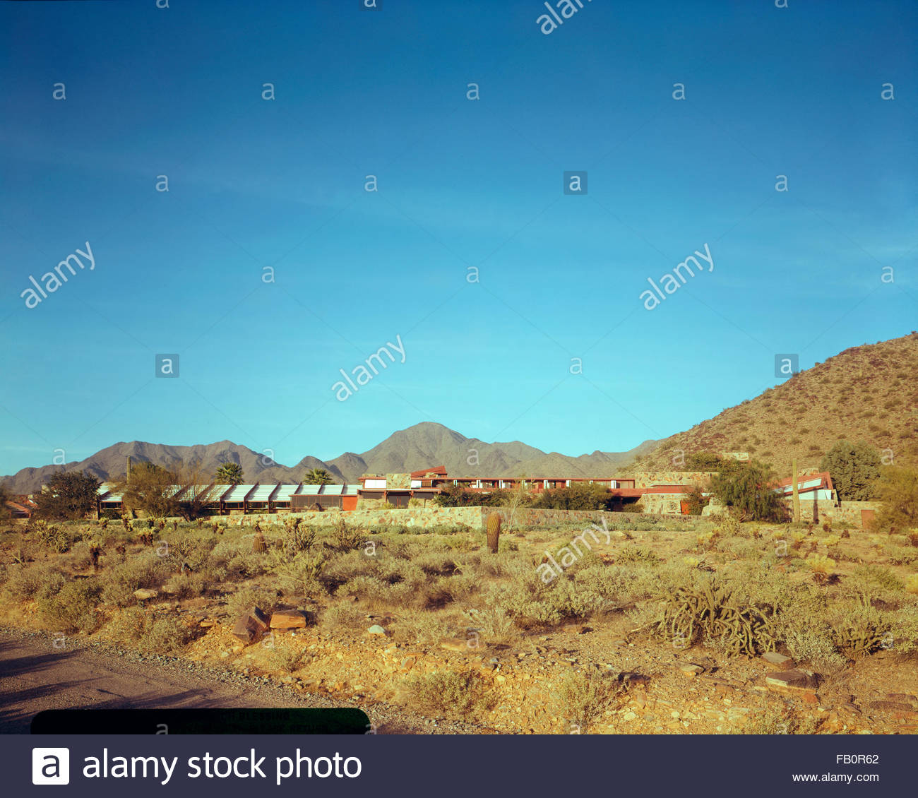 Taliesin West in Scottsdale (Ariz.), 1942 Feb.-1963. Distant view of building and surrounding property. - Stock Image