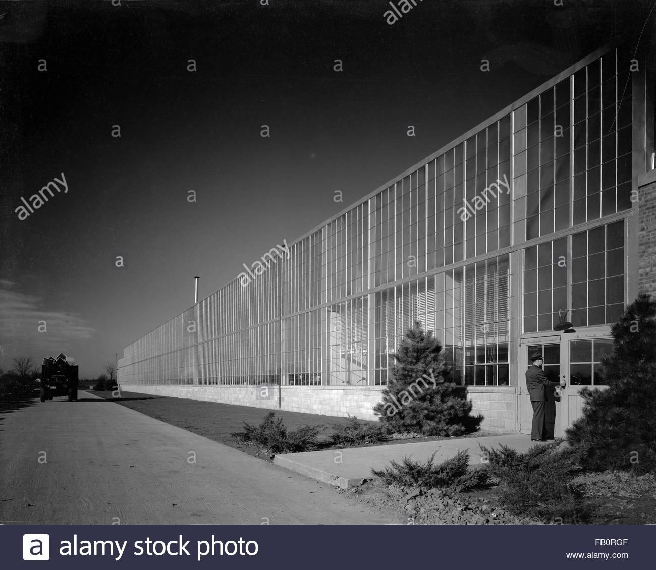 Toledo Scale plant in Ohio, 1939 Dec. 27. Exterior, Toledo scale plant. - Stock Image