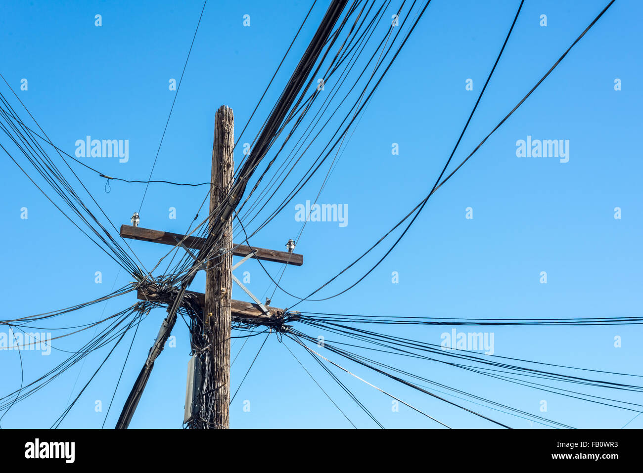 Messy Wires Stock Photos & Messy Wires Stock Images - Alamy