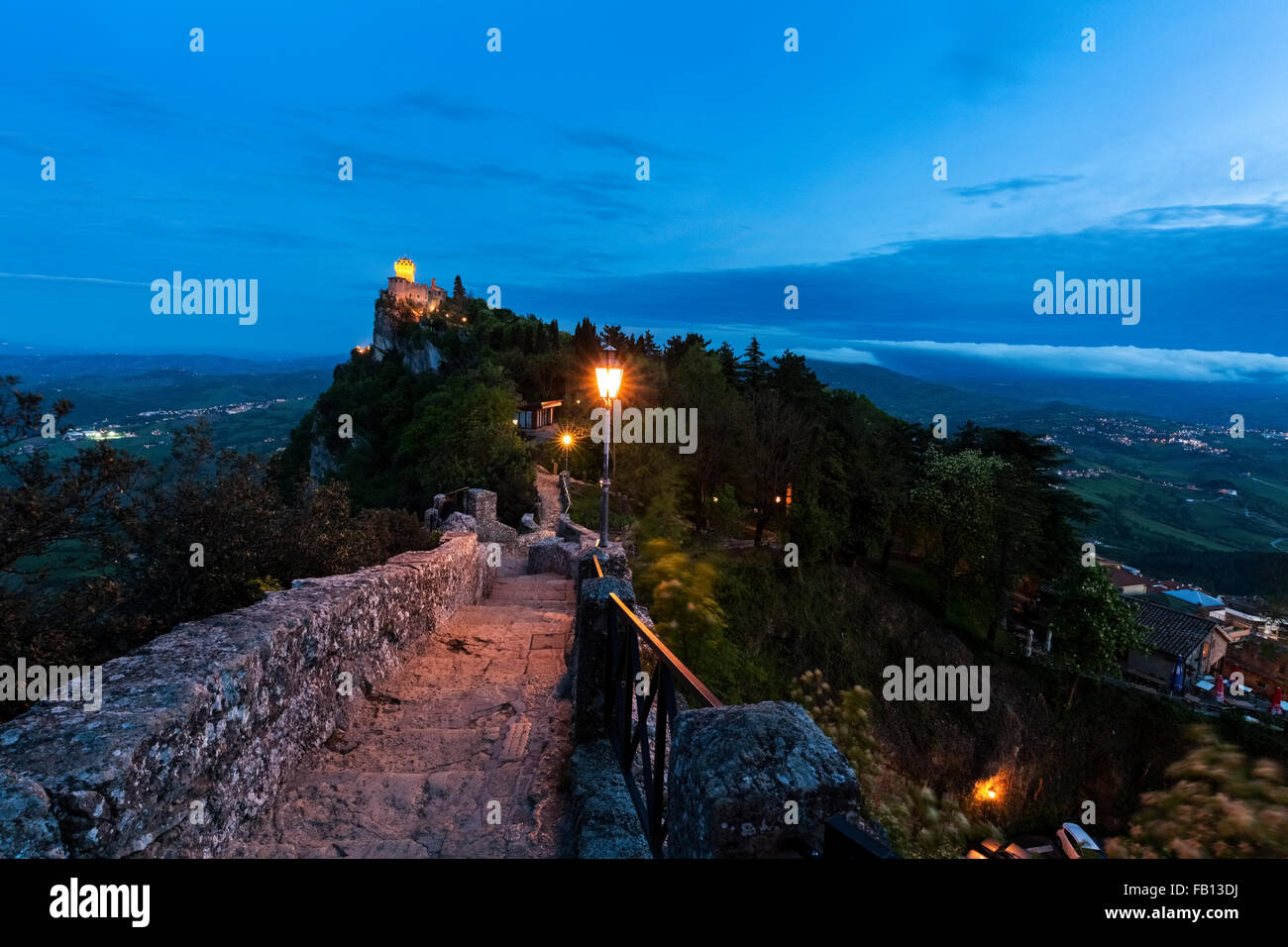 Fortified wall with Cesta Tower in background - Stock Image