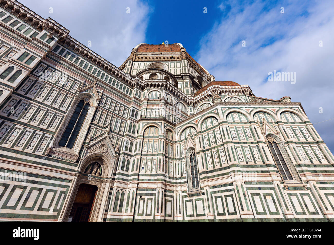 Low-angle view of Duomo Santa Maria Del Fiore - Stock Image