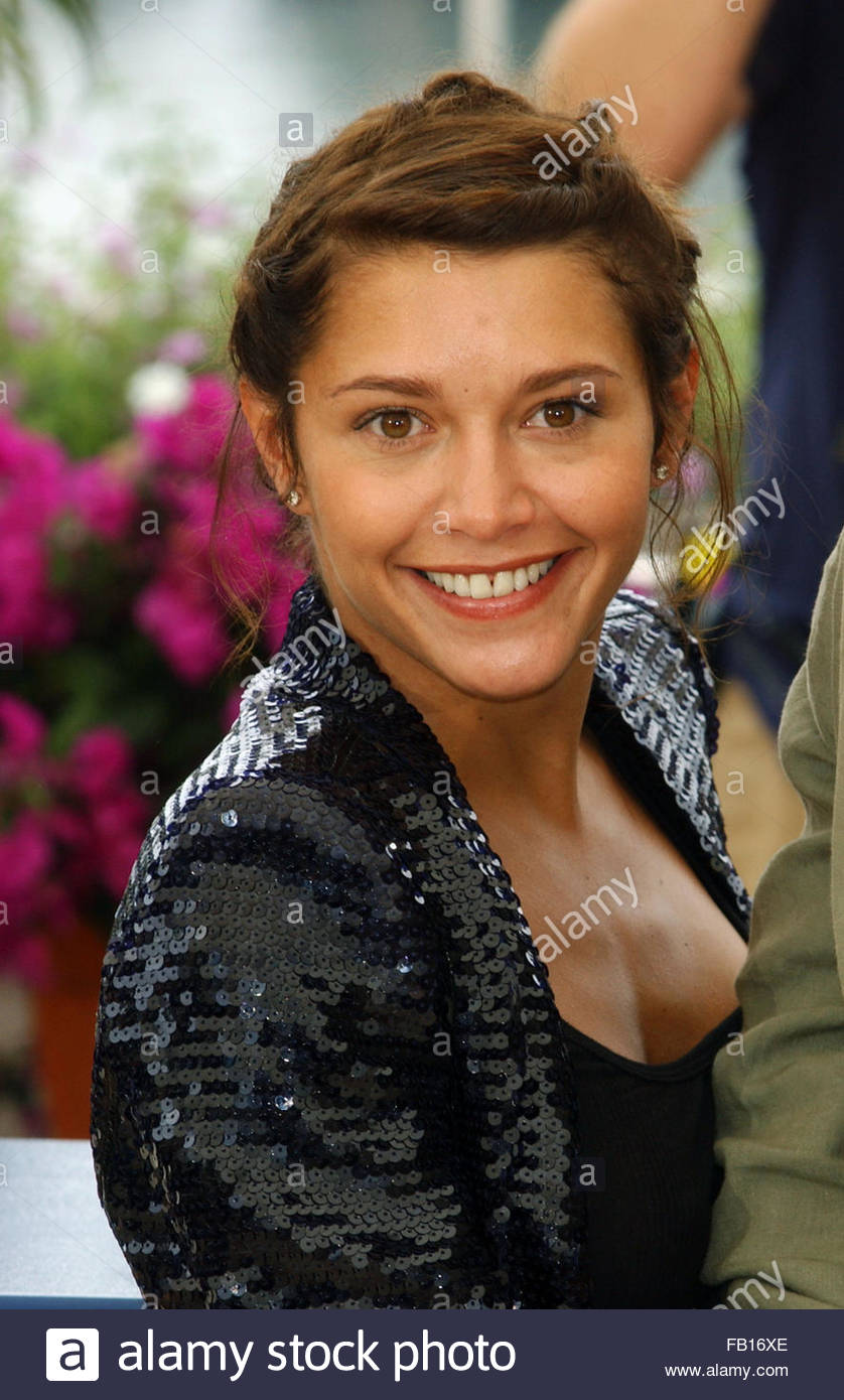 Video Emma de Caunes  naked (27 photos), 2019, in bikini