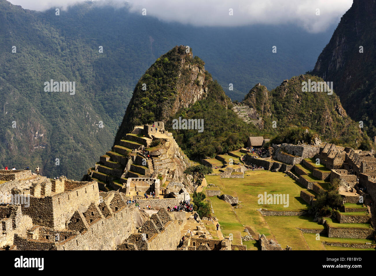 Ruins, Inca city Machu Picchu, UNESCO World Heritage Site, Urubamba, Cusco Province, Peru - Stock Image