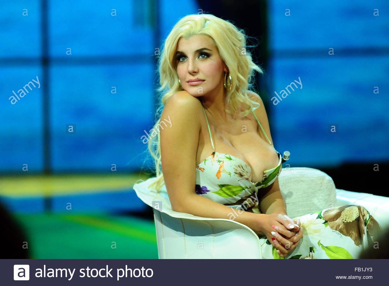 Celebrites Charlotte Chaniggia nude photos 2019