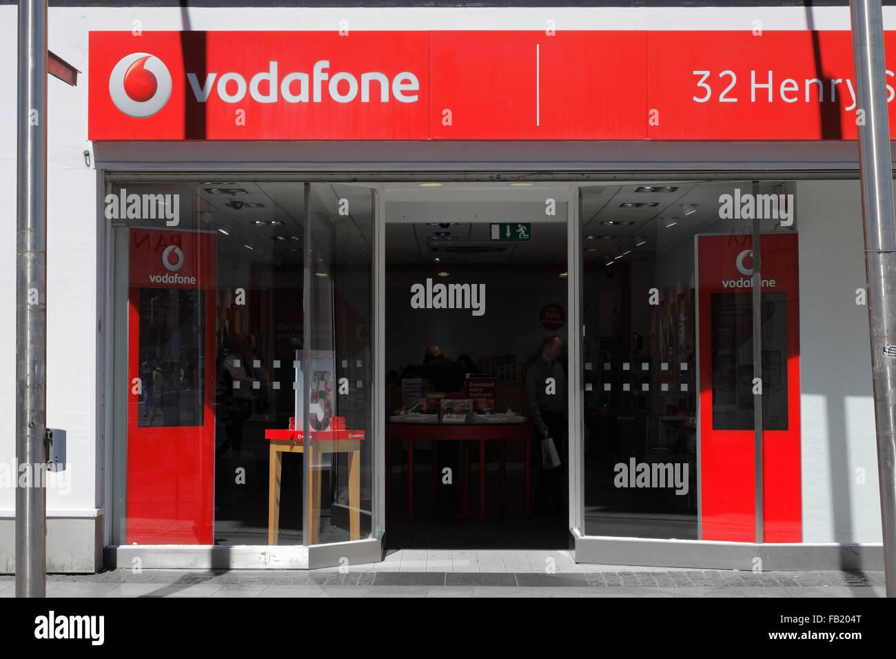 vodafone shop in Dublin, Ireland - Stock Image