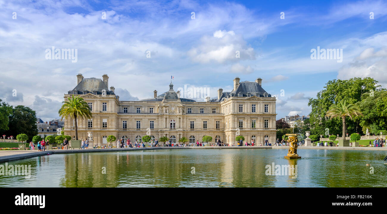 PARIS,FRANCE ; Summer day in the Luxemburg garden - Stock Image