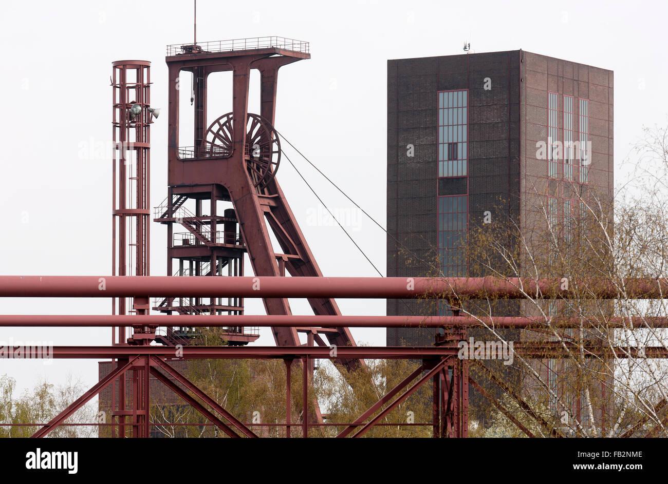 Essen, Zeche Zollverein, Schacht IIIX/II, Blick von der Kohlenwäsche - Stock Image