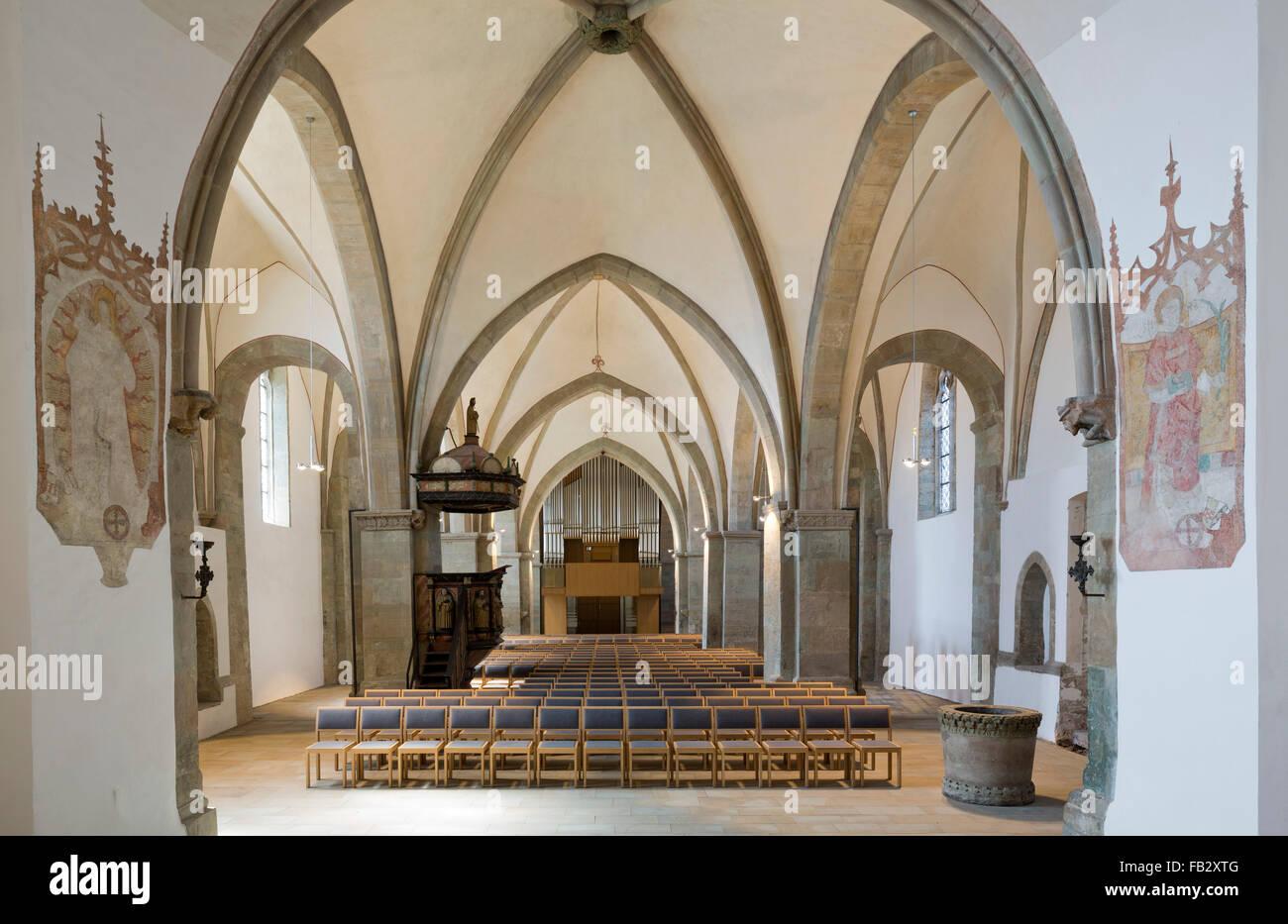 Schwerte, Kirche St. Viktor, Innenraum mit neuer Orgel - Stock Image