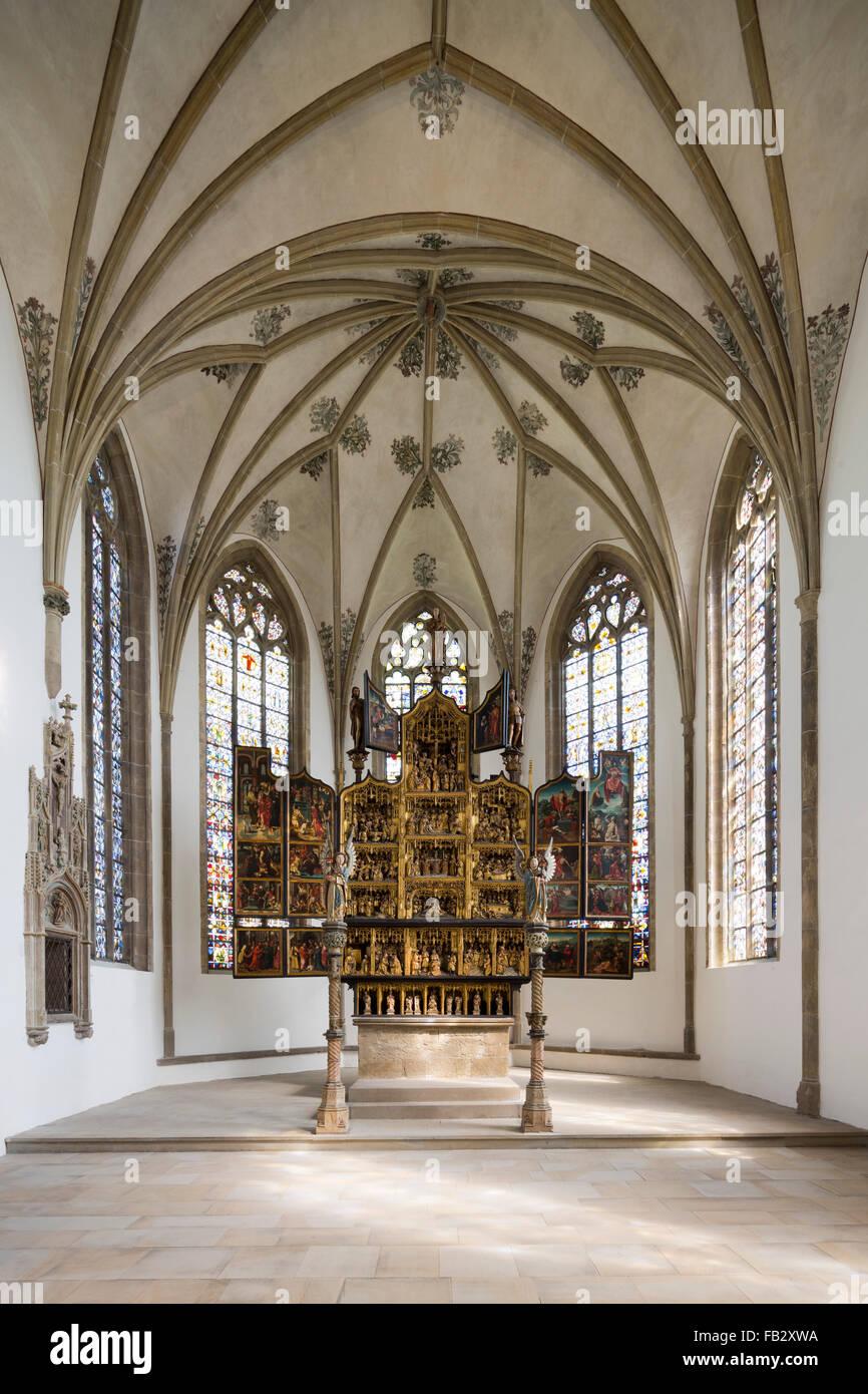 Schwerte, Kirche St. Viktor, Chorraum mit Hochaltar - Stock Image