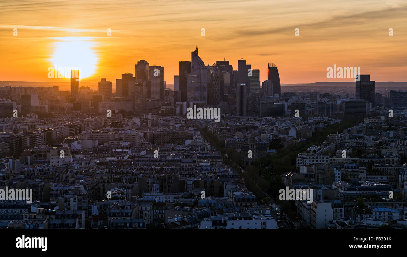 Sunset over Paris and La Defense business district, France, Europe, elevated view - Stock Image
