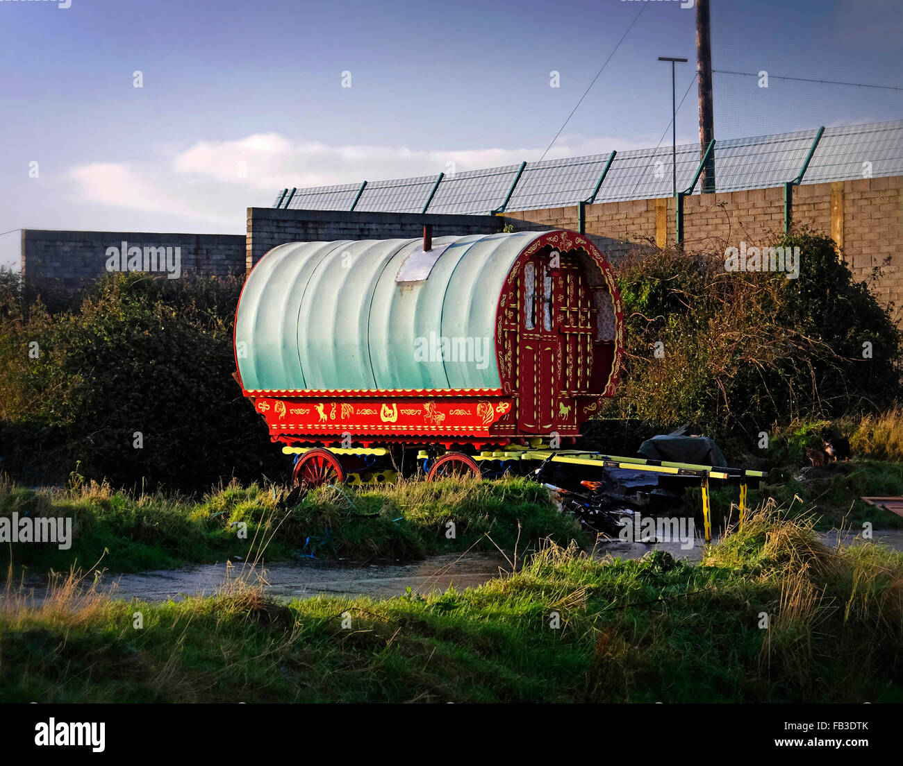 Horse drawn caravan covered wagon - travellers traditional home. - Stock Image