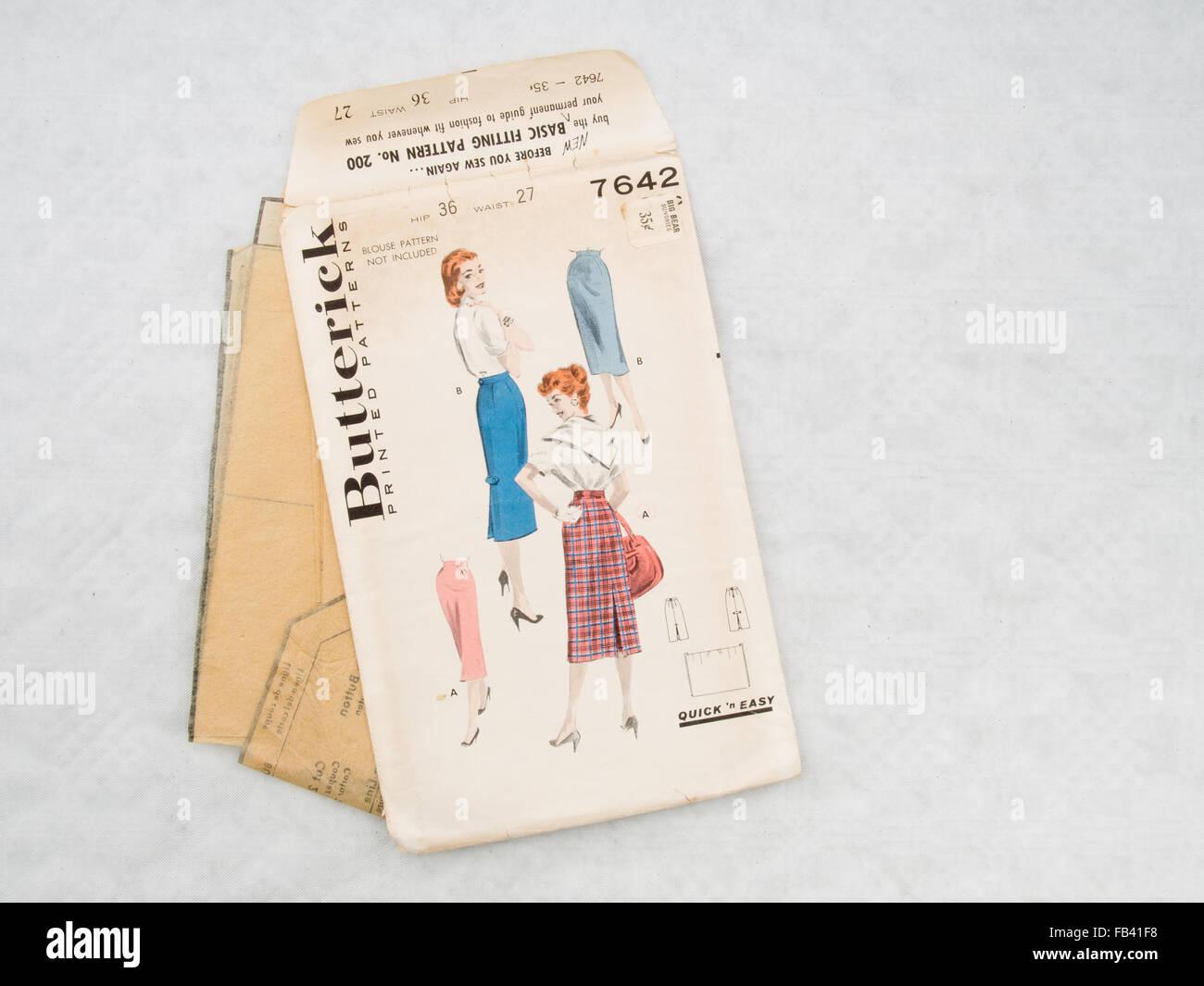Vintage dressmaking pattern, Butterick. Pencil skirts. - Stock Image
