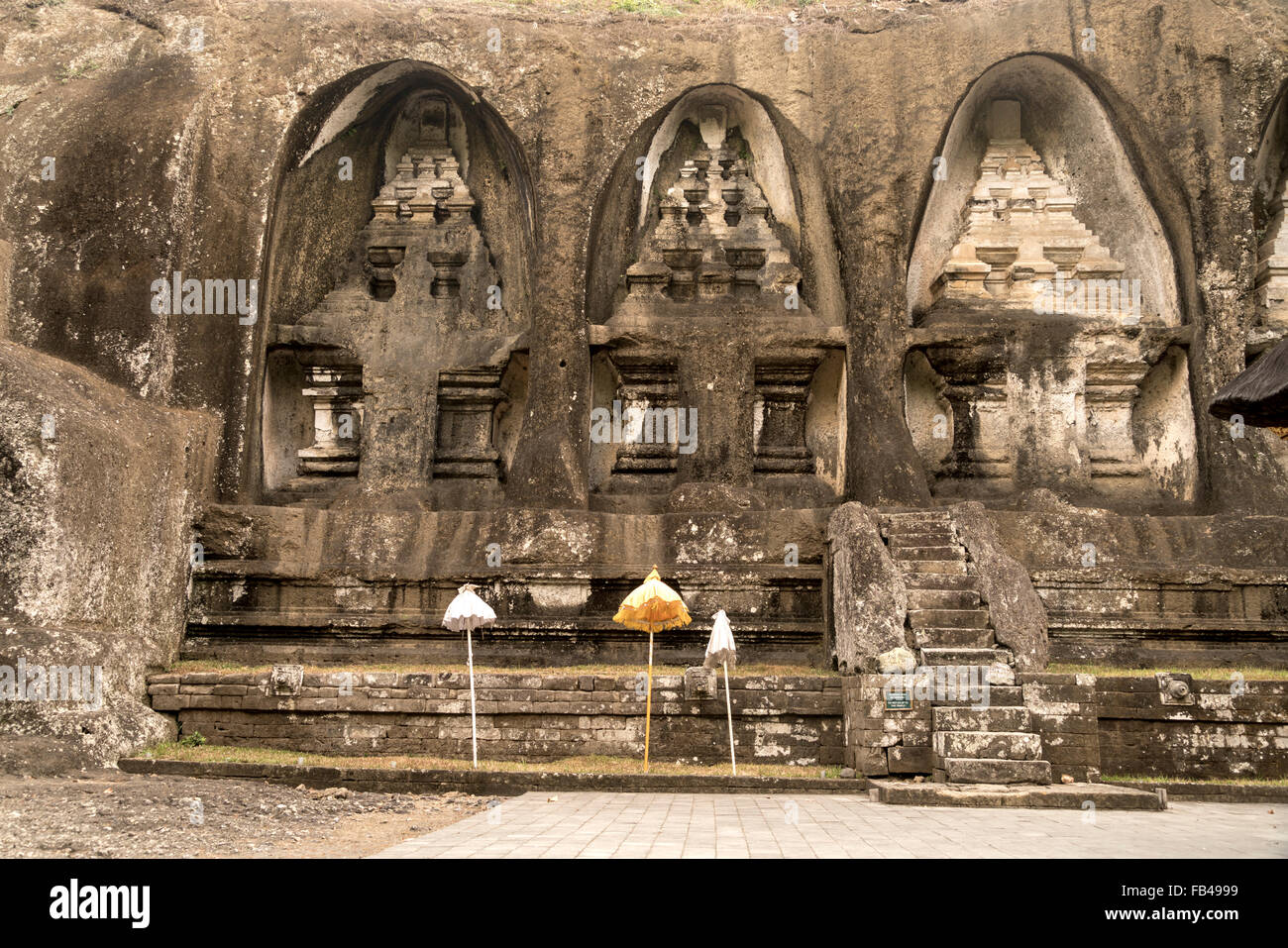 rock-cut candi shrines of  Gunung Kawi Temple, Tampaksiring near Ubud, Bali, Indonesia - Stock Image