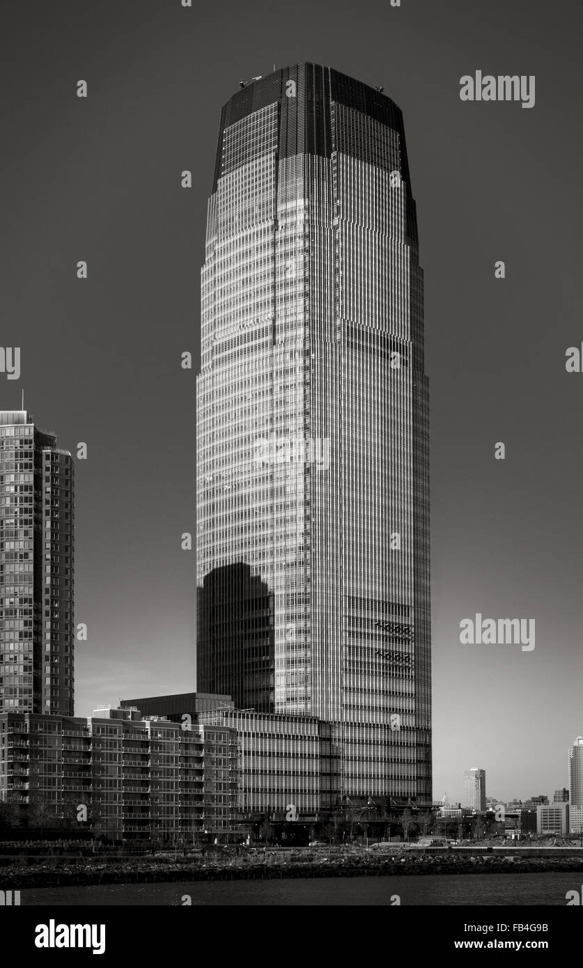 Goldman Sachs Tower in Black & White. The modernist architecture skyscraper is located in New Jersey City facing Stock Photo