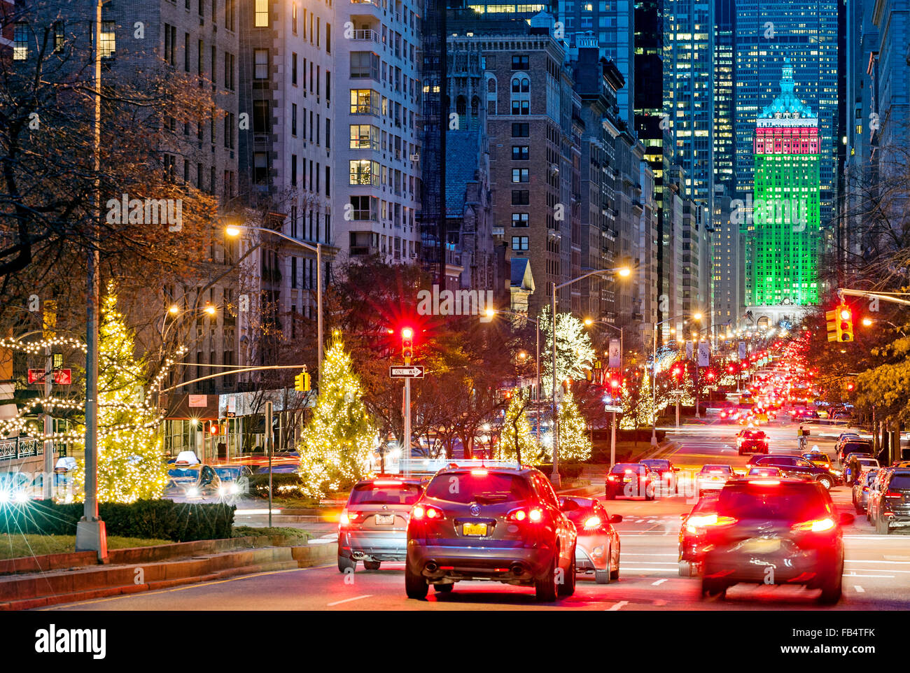 new york christmas new york street park avenue decorations new york stock photo 92920119 alamy. Black Bedroom Furniture Sets. Home Design Ideas