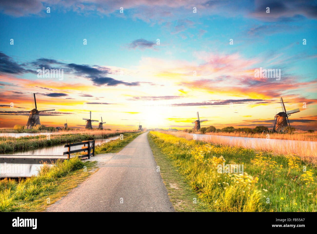 Windmills and water canal in Kinderdijk, Netherlands - Stock Image