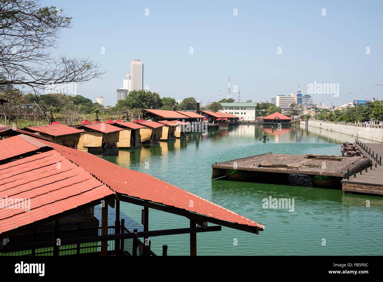 Pettah floating market next to W E Bastian Mawatha, Colombo, Sri Lanka.   It is Colombo's new landmark opened in Stock Photo