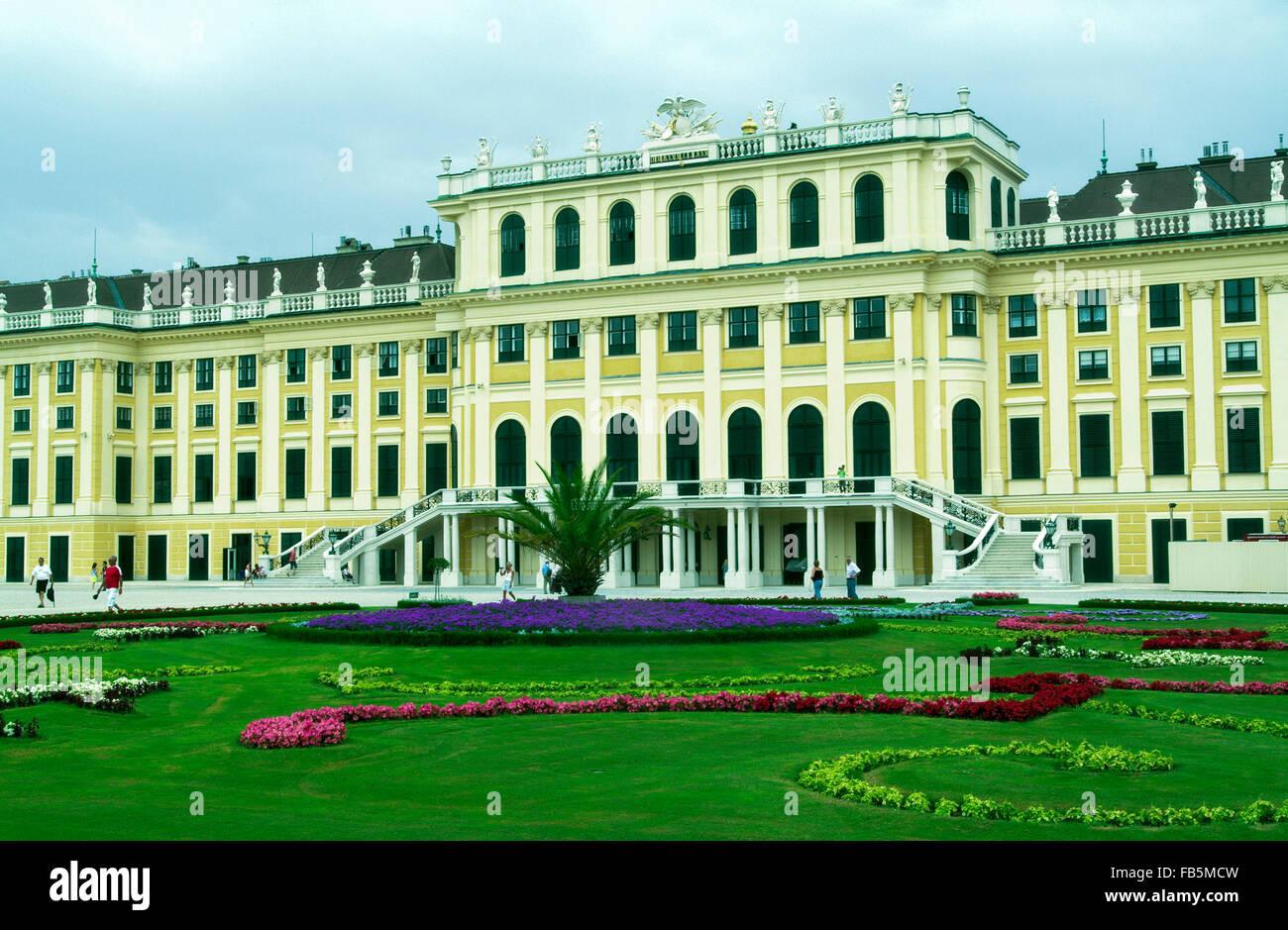 Castle Schonbrunn schoenbrunn vienna austria Europe Stock Photo