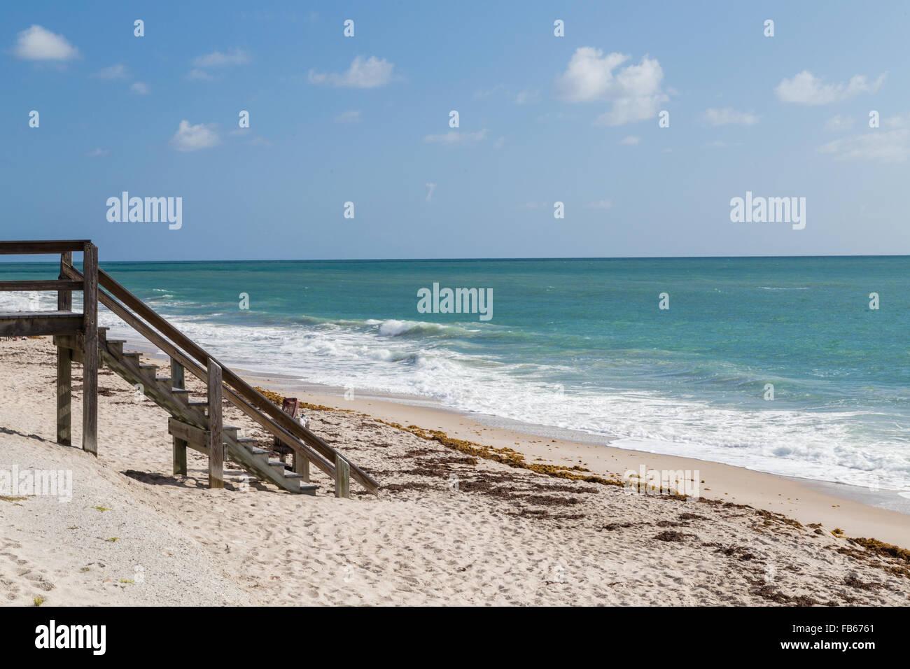 Vero Beach, USA.  A calm morning scene of the beach. - Stock Image