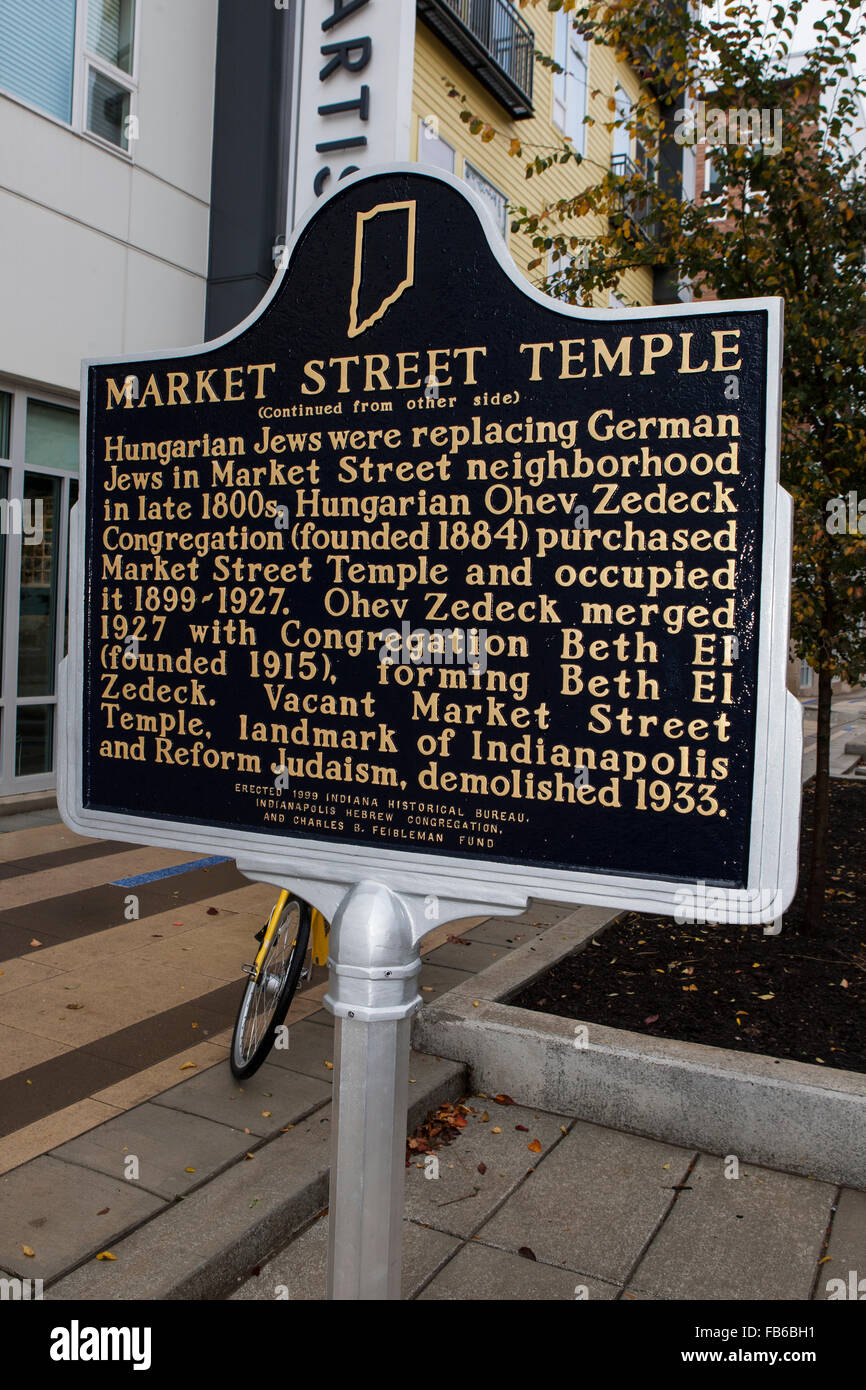 MARKET STREET TEMPLE  (Continued from other side)  Hungarian Jews were replacing German Jews in Market Street neighborhood - Stock Image