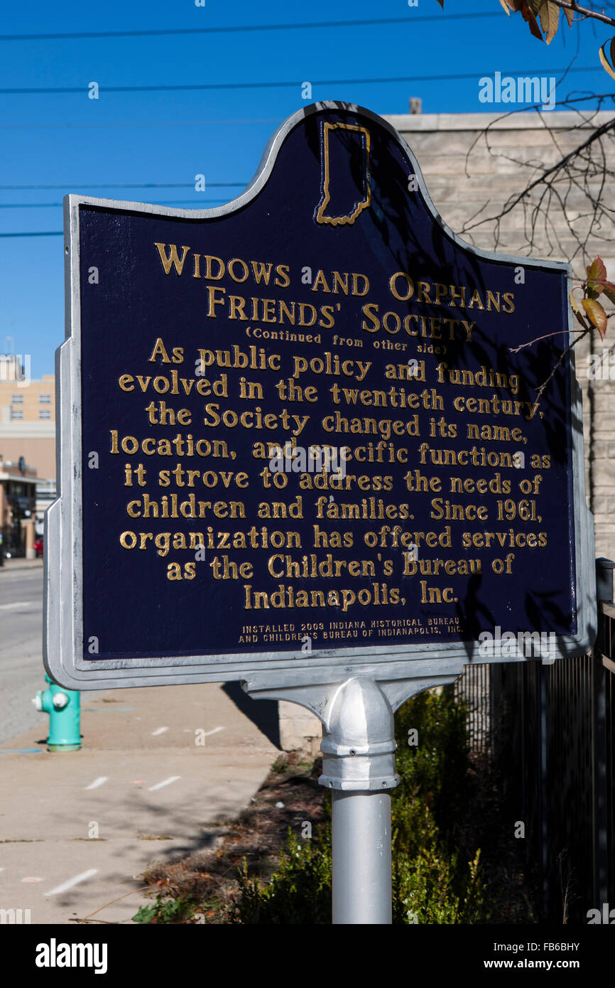 WIDOWS AND ORPHANS FRIENDS' SOCIETY  (Continued from other side)  As public policy and funding evolved in the - Stock Image