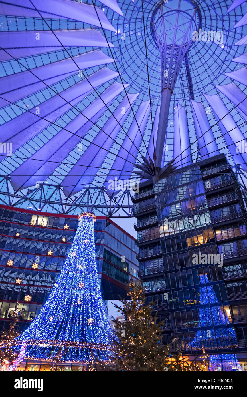 Christmas decorations and colourful lighting of roof of Sony Centre, Potsdamerplatz, Berlin Stock Photo