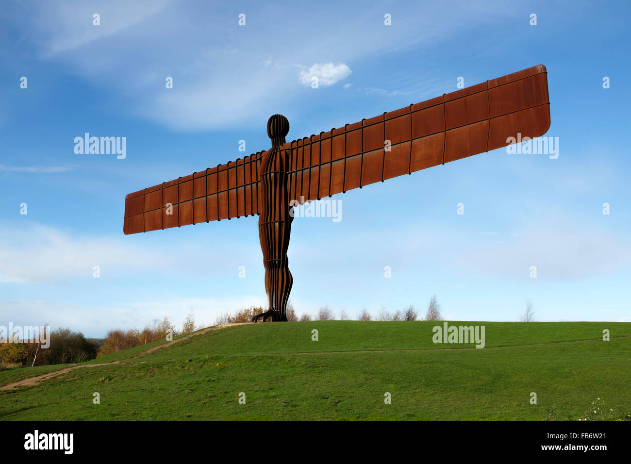 The steel sculpture by Sir Antony Gormley, of the Angel of the North, near Gateshead, England. - Stock Image