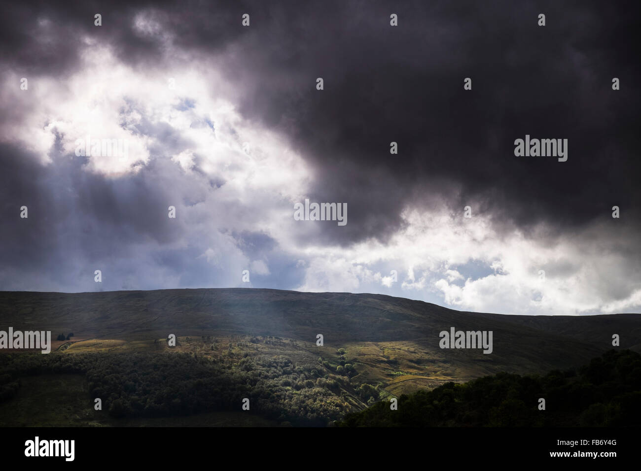 Stormy light over Wharfdale near Buckden, Yorkshire Dales National Park, England - Stock Image