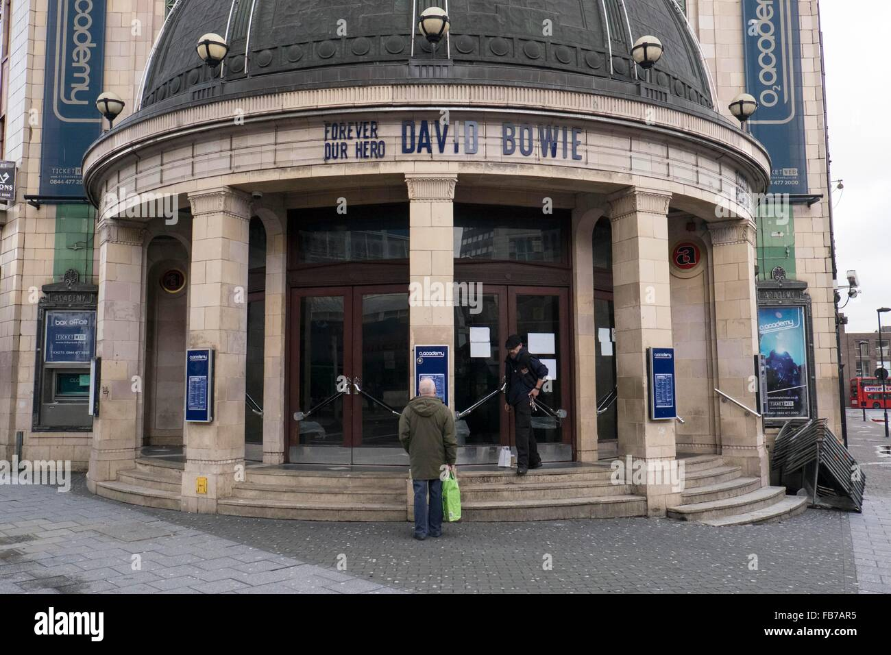 London, South London, UK. 11th Jan, 2016. Brixton Academy music venue pays its tribute to David Bowie in Brixton, Stock Photo