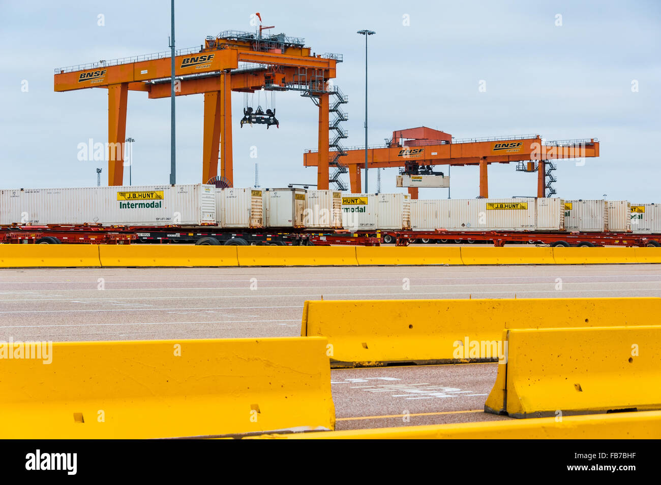 BNSF Intermodal Railway Facility yard in Memphis, Tennessee with loading cranes. USA. - Stock Image