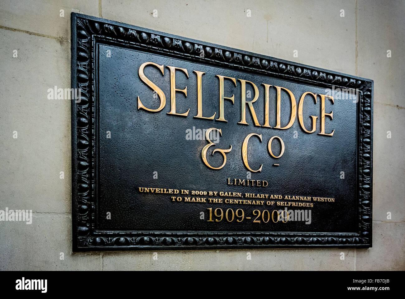 Selfridge & Co sign outside Selfridges Department Store, Oxford Street, London, UK. - Stock Image