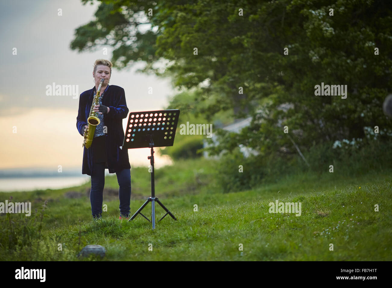 BBC Music day 'for the love of music'  Hadrian's Wall of Sound 2015 at Bowness on Solway marshes beach Sarah Drummond Stock Photo