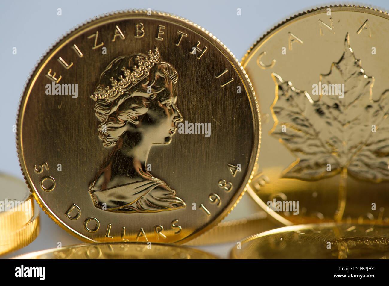 Eugene, Oregon, USA  11th Jan, 2016  One-ounce Canadian gold