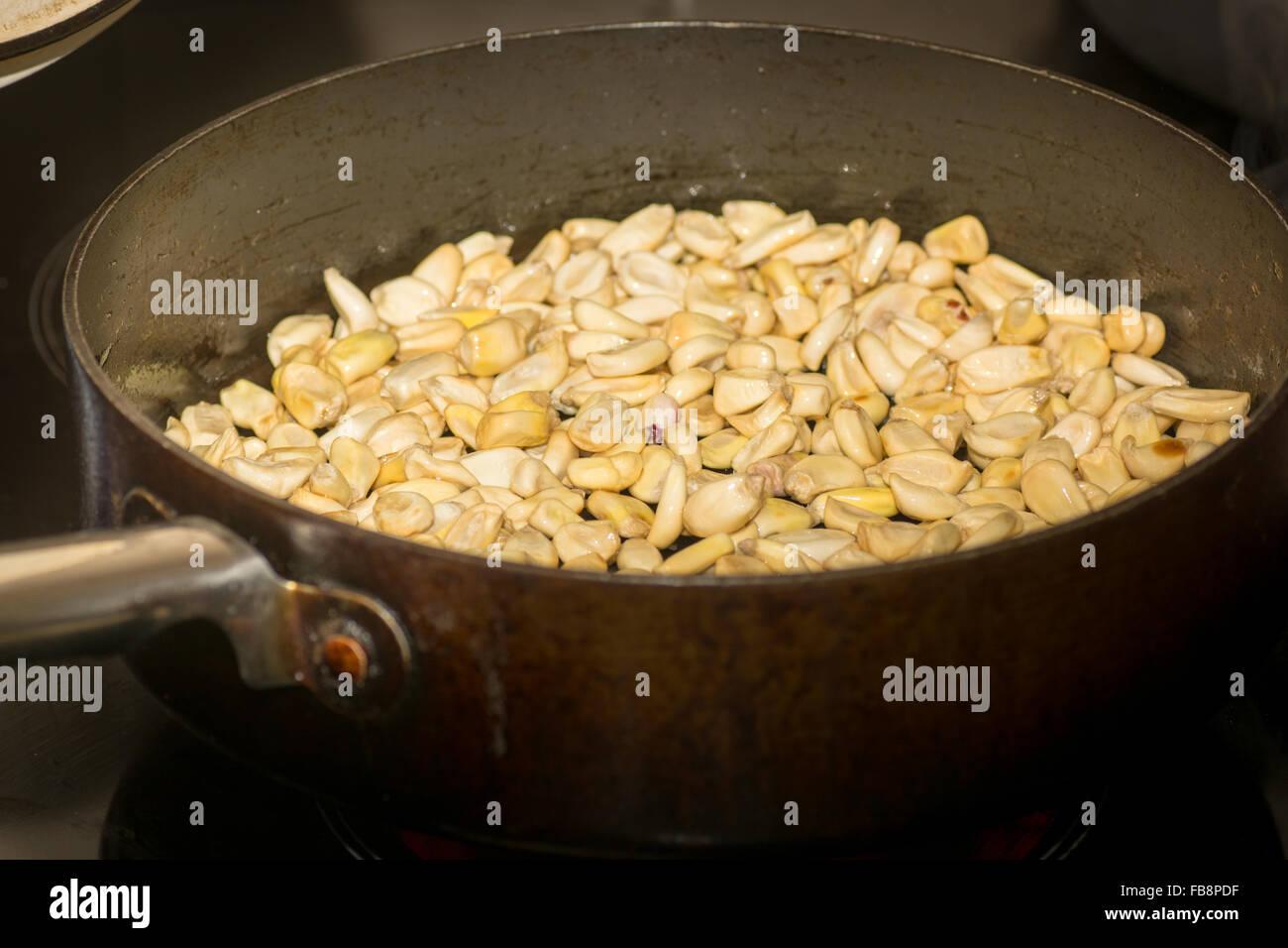 Peruvian corn stock photos peruvian corn stock images alamy toasting peruvian corn or cancha stock image forumfinder Choice Image