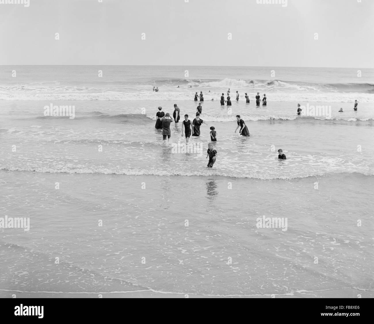 Surf Bathing, Atlantic City, New Jersey, USA, circa 1910 - Stock Image