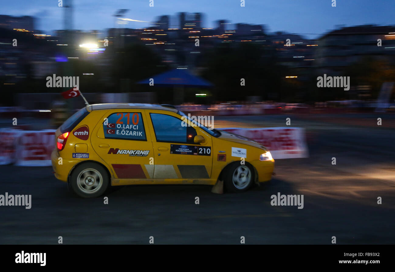Erhan Ozarik with Fiat Palio in special stage of Kocaeli Rally 2015 - Stock Image