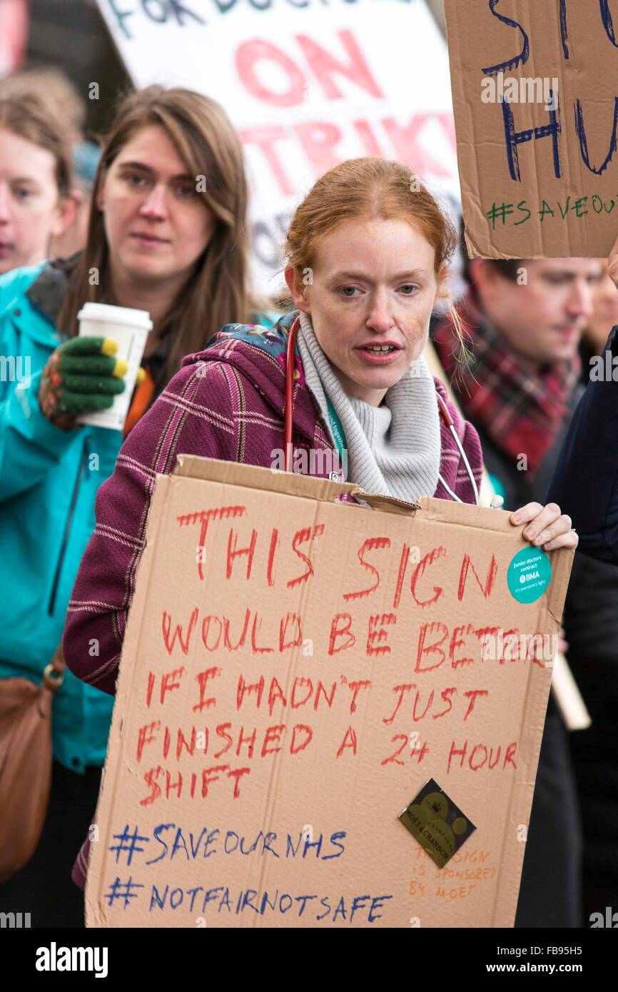 Junior doctors protest outside Manchester Royal Infirmary , Oxford Road .  Manchester today (Tuesday 12/1/16). - Stock Image