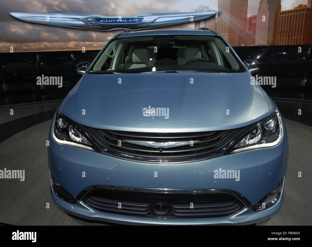 leaf car pacifica ferrari new m what the connection h volt whats news chrysler vs ff s