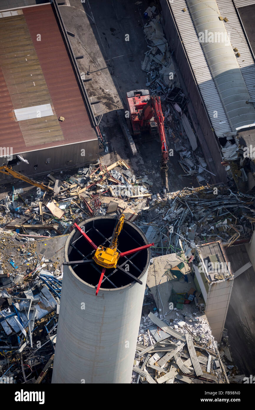 Aerial view, spider excavator carries from above the tower of the former paint shop from the demolition of the Opel - Stock Image