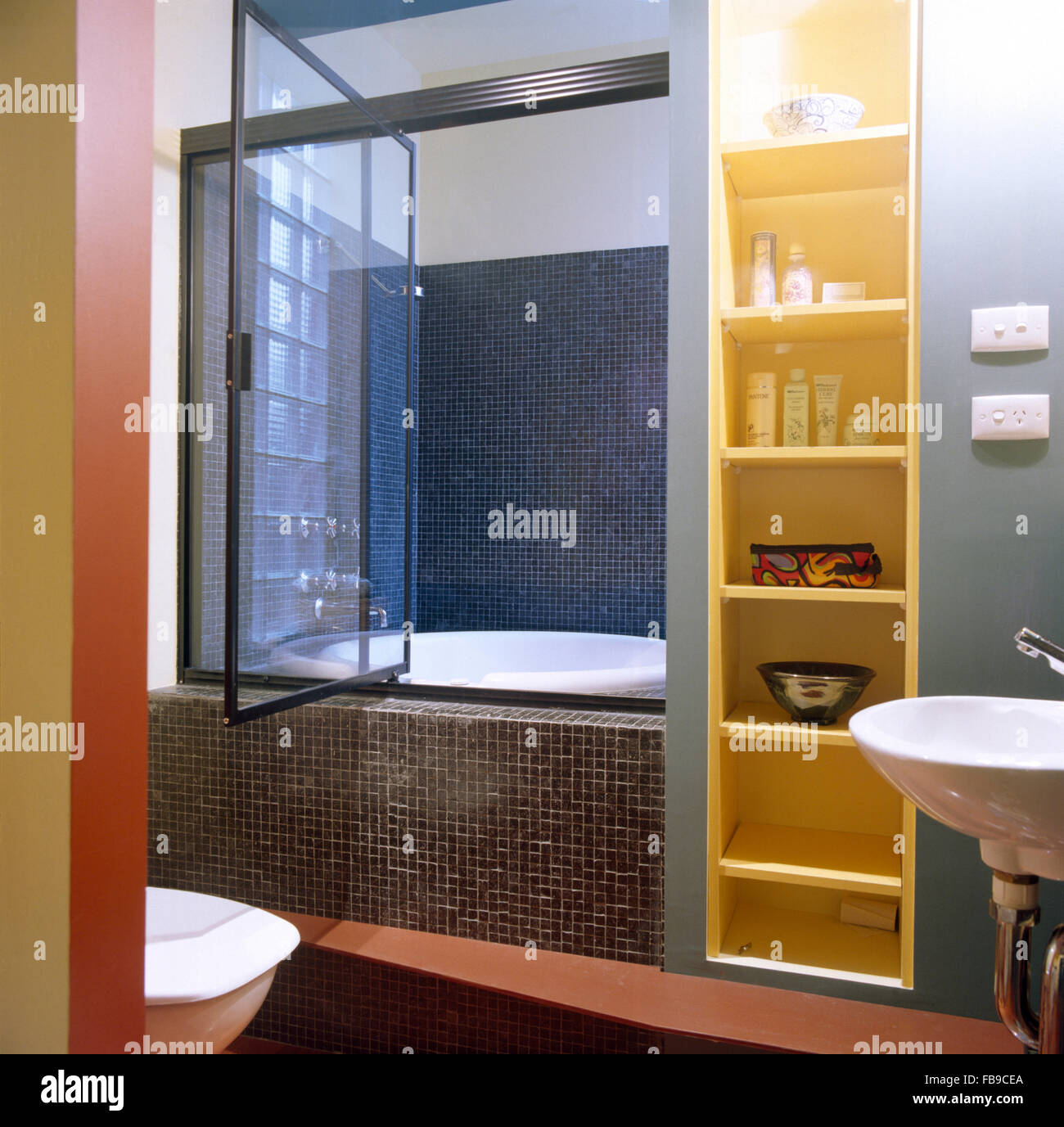 Glass Shower Door Stock Photos & Glass Shower Door Stock Images - Alamy