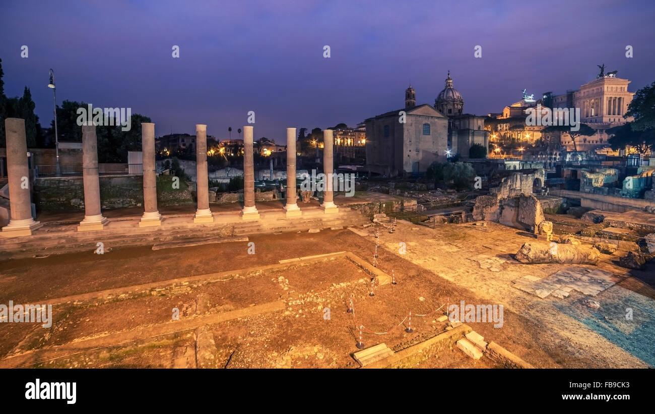 Rome, Italy: The Roman Forum in sunrise - Stock Image