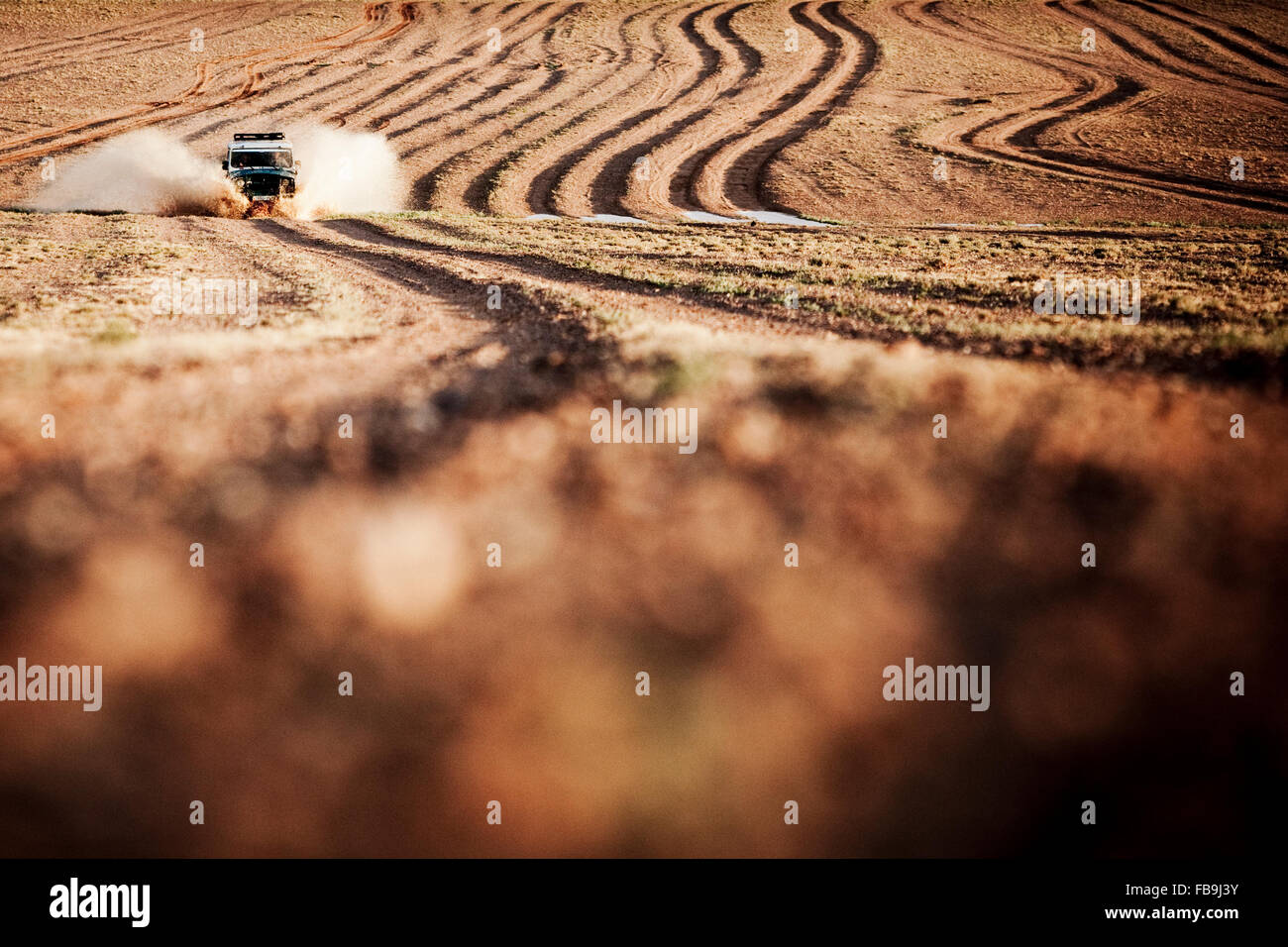 A Russian 4WD in action in the Gobi Desert, Mongolia. - Stock Image