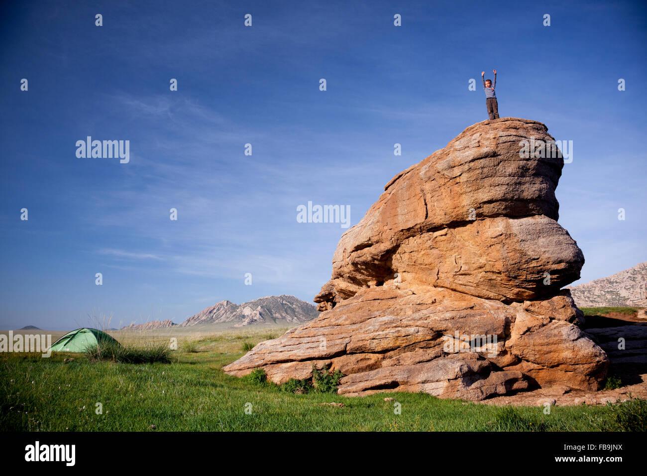 Camping in the Gobi Desert, Mongolia. - Stock Image