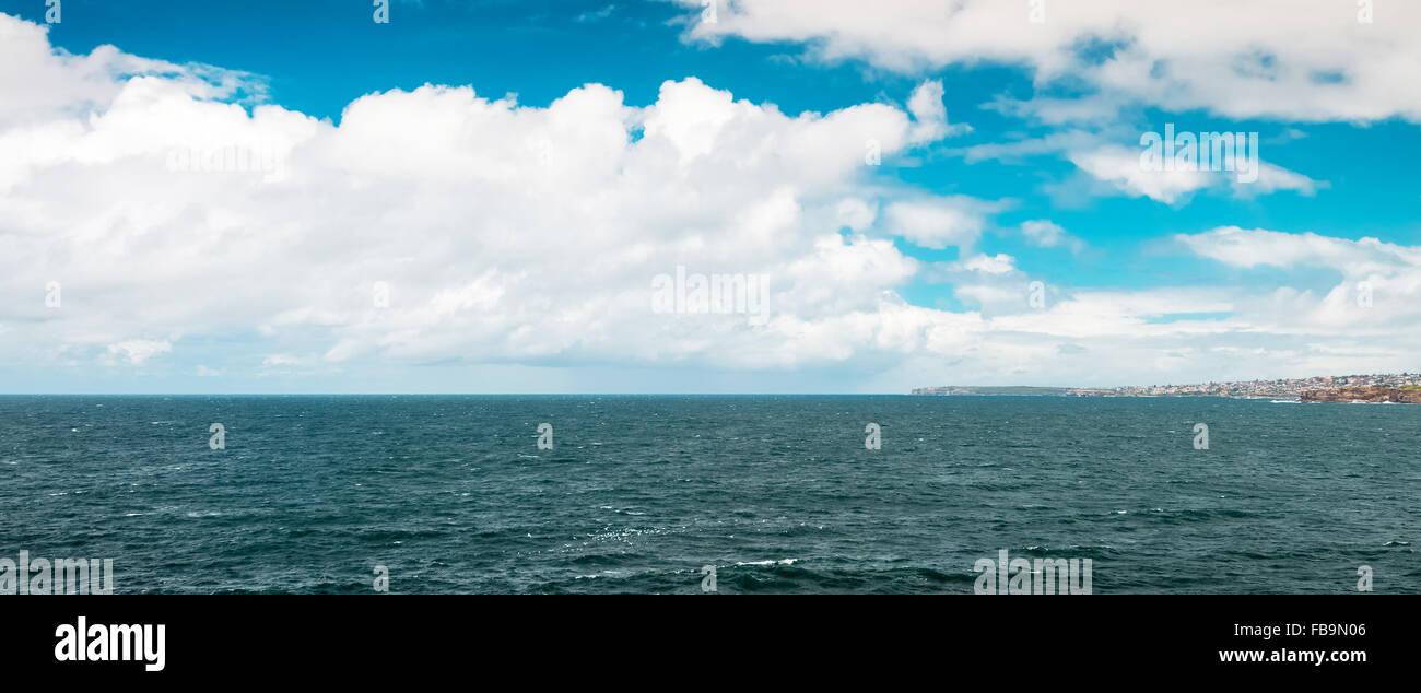 Tasman sea view from North Bondi Rocks - Stock Image