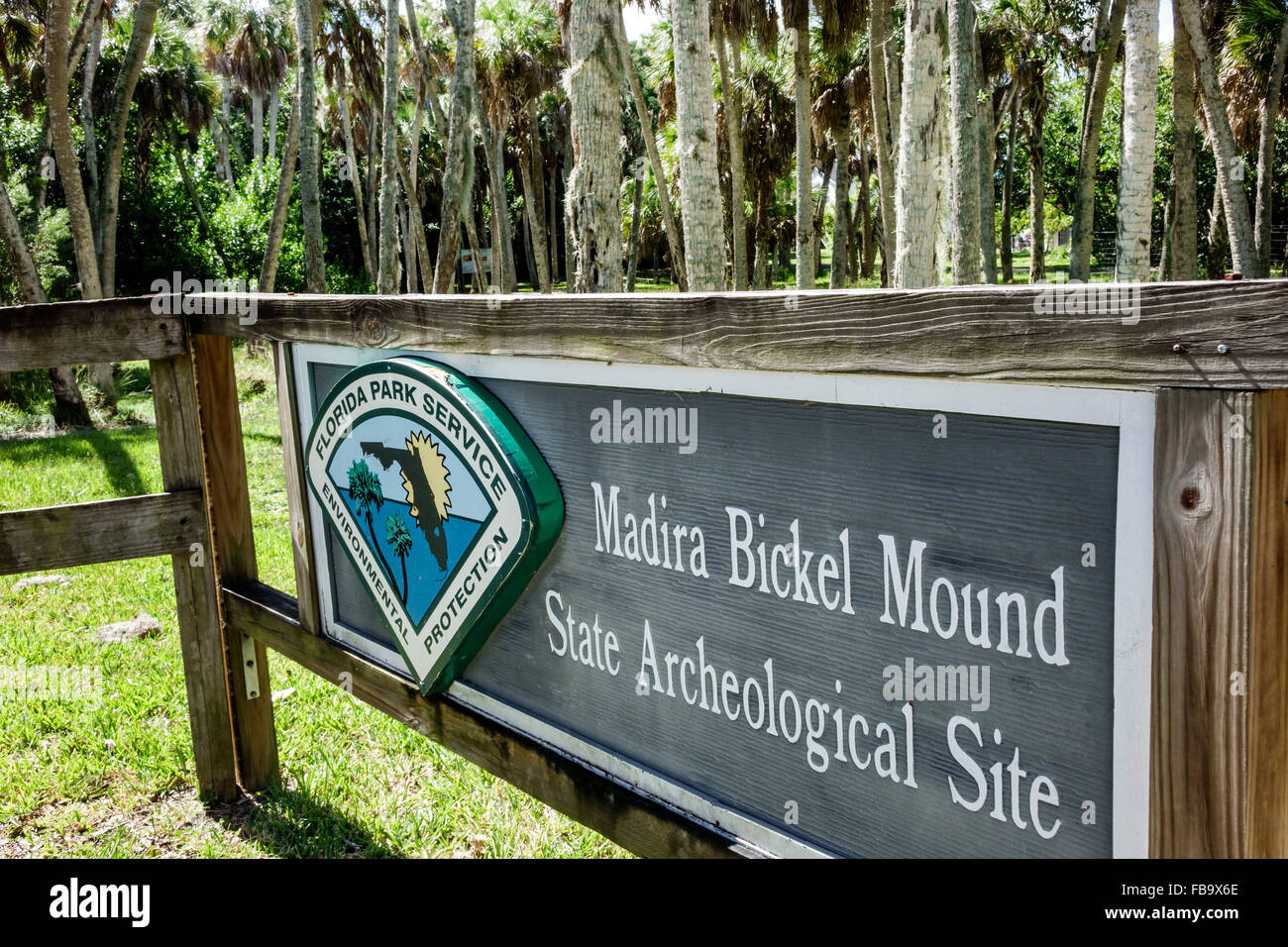 Florida Terra Ceia Madira Bickel Mound State Archeological Site Indian Native American sign entrance - Stock Image