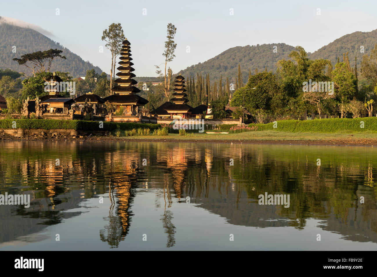the major Shivaite and water temple Pura Ulun Danu Bratan on the shores of Lake Bratan, Bedugul, Bali, Indonesia - Stock Image