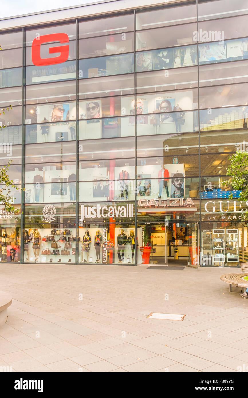 Storbritannien butik höstskor rabatt butik Metzingen Stock Photos & Metzingen Stock Images - Alamy