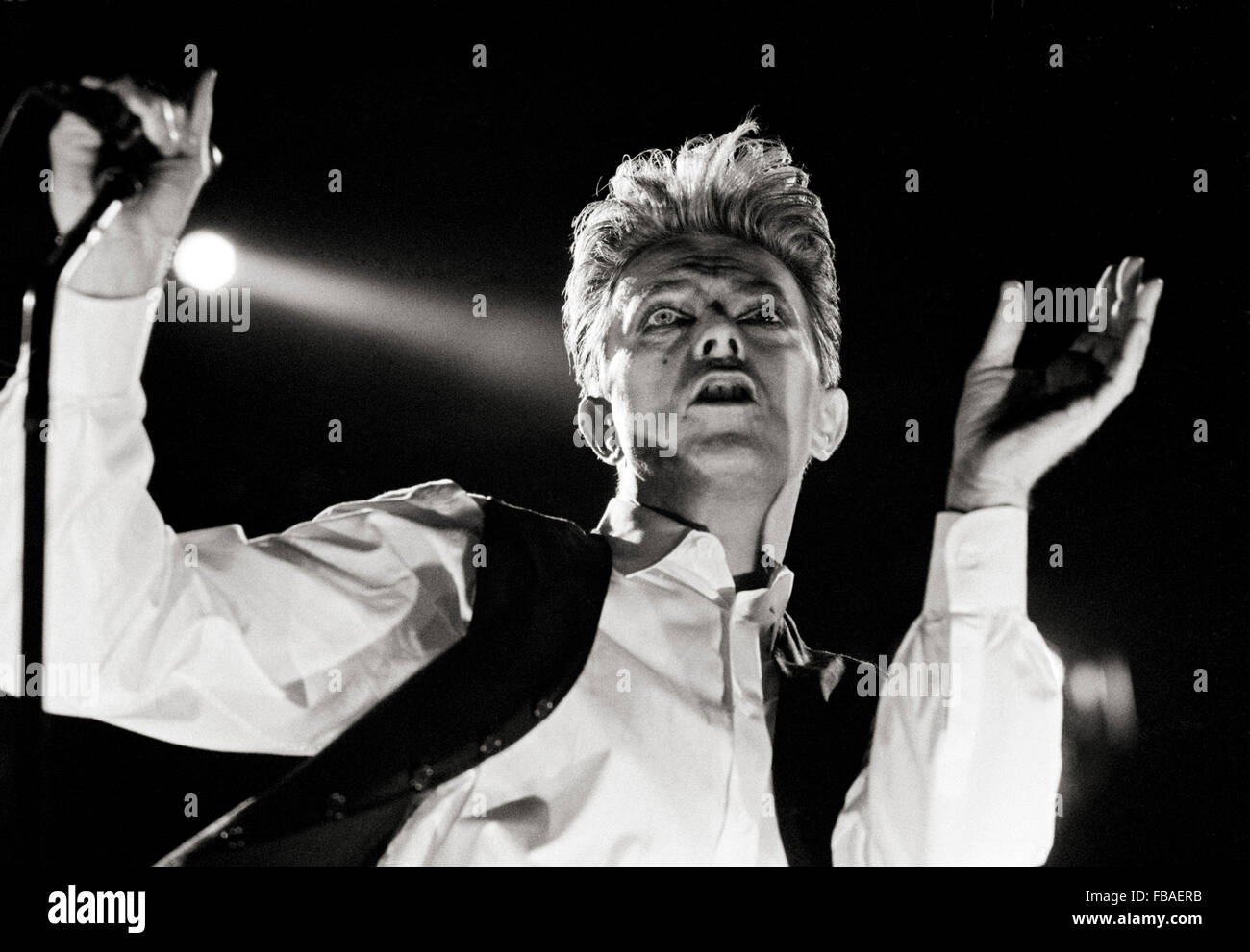 David Bowie during the Sound and Vision tour 5th August 1990 at Milton Keynes Bowl, UK. - Stock Image